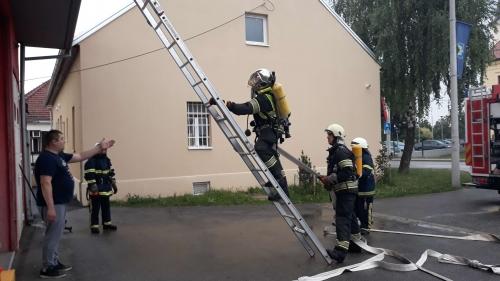 dvd-sveta-klara-vatrogasac-u-akciji
